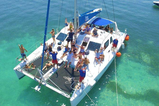 Sailing and Party Isla mujeres catamaran