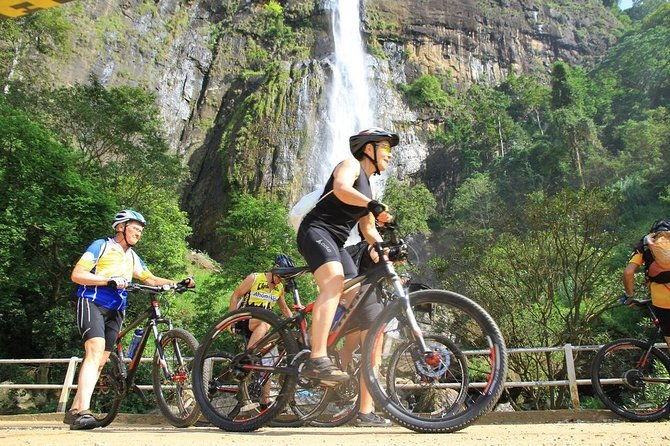 Cycling to Rawana Waterfall, Ravana's Cave and Ella Gap