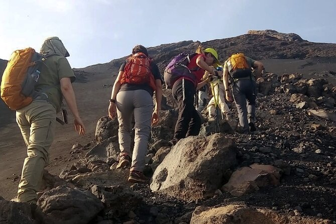 Fogo Island: Hiking Portela – 1995 Peak – 2014 Crater – Portela