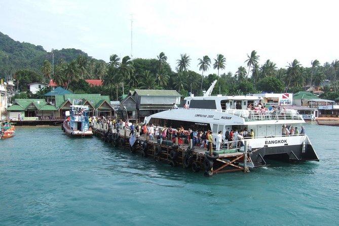 Arrival at Mae Haad Pier on Koh Tao
