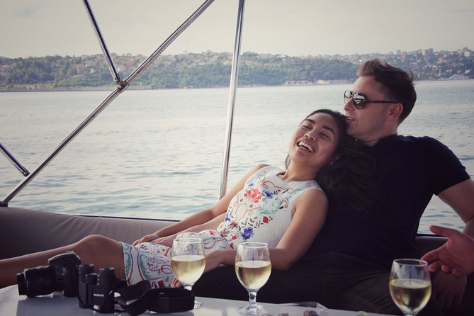 Private Two Hour Luxury Yacht Tour on The Bosphorus