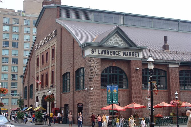 Private Food tour in Old Toronto with St Lawrence Market - Licensed tour guide