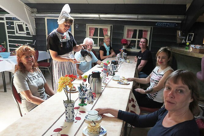 Private Guided Cheese and Clogs Tour at Wagenweg with Tastings