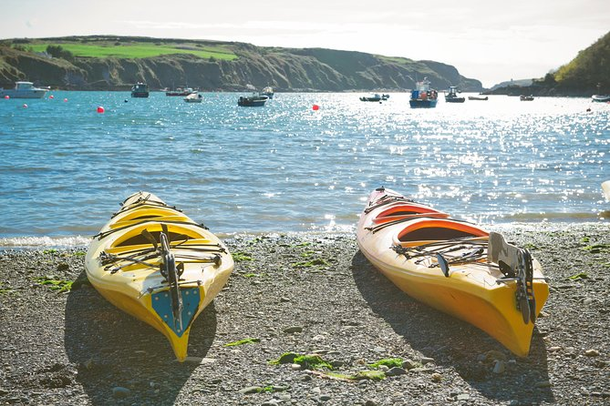 Sea kayaking along the Clare coastline. Clare. Guided. Full/half day.