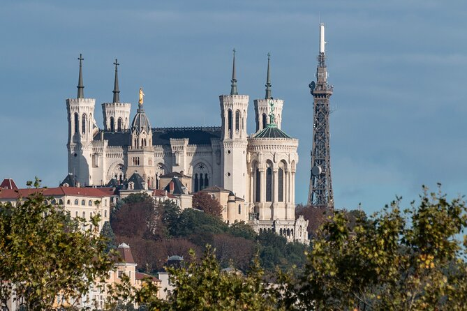 Private 4-hour City Tour of Lyon with driver, guide and Hotel pick-up