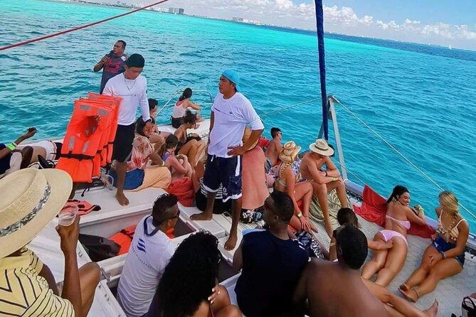 Catamaran Tour - Cancun To Island Mujeres