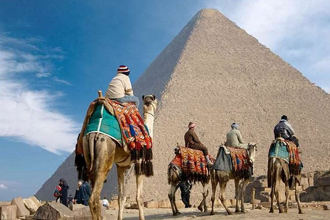 Full-Day Tour to Giza Pyramids, Memphis, and Sakkara From Cairo