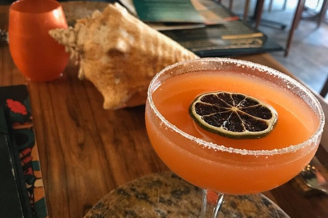 Colombian Drinks and Cocktail Tasting Experience in Cartagena