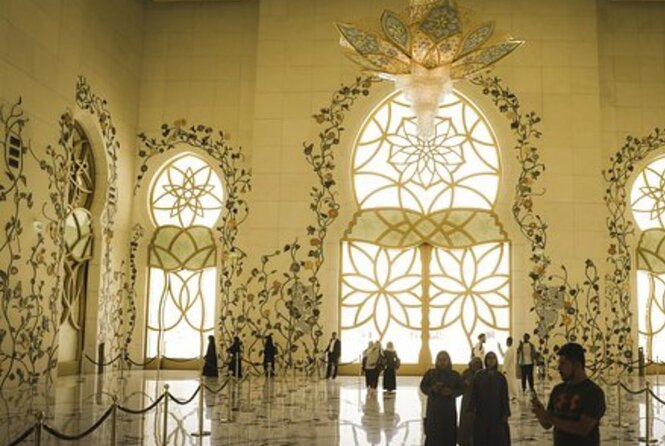 Private Tour to Abu Dhabi from Dubai