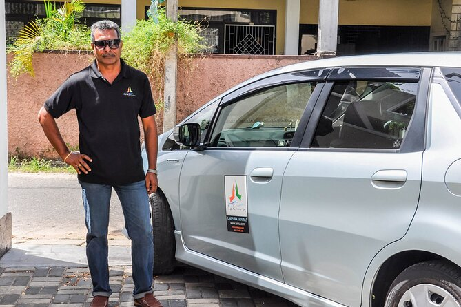 Transfer between Colombo Airport (CMB) and The Closenberg Hotel, Galle
