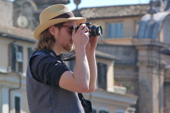 Private tour of Photography at best locations in Rome with a local