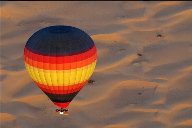 Enjoy Amazing Views Of Dubai Beautiful Desert By Hot Air Balloon From Dubai