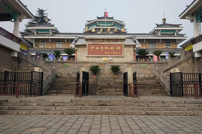 Private Day Tour to Shaolin Temple with Kungfu Class from Luoyang