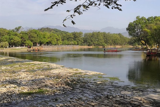 Private Day Tour to Xing'An Water Street and Ling Canal from Guilin