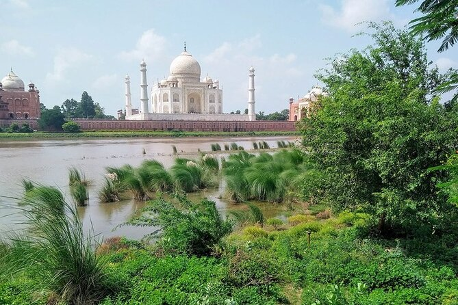 Half-Day Private Taj Mahal Sunset View Tour from Mehtab Bagh