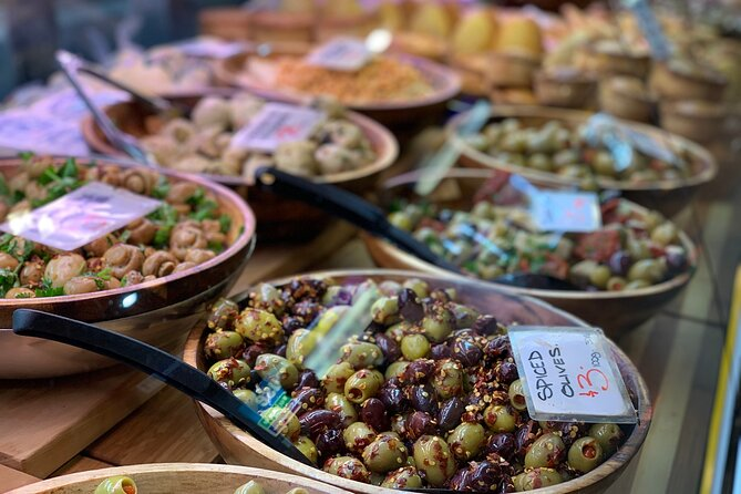 Adelaide Central Market Tour, Picnic, Bikes and City Sights