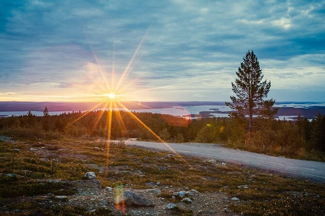 Hiking under the Midnight Sun