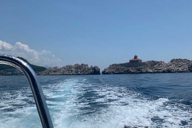Discover Elaphite Islands and Hidden Caves by Private Boat