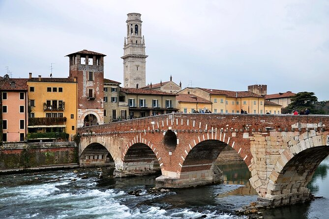 Private Day Tour from Venice to Verona with local tour guide and fast trains