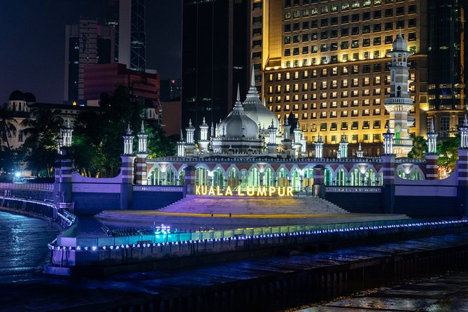 The Best of Kuala Lumpur: Highlights by Night Private Tour