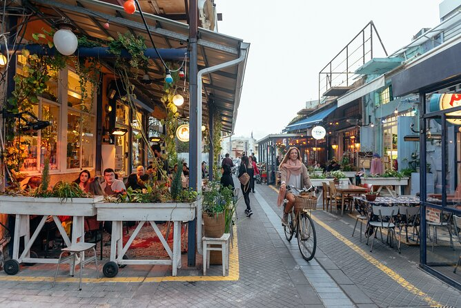 The Beauty of Tel Aviv by Private E-Bike Tour