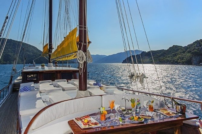 Blue Cruise by a Private Yacht - Fethiye to Fethiye feat. Gulf of Göcek