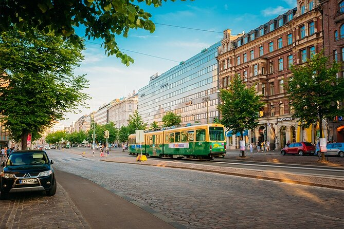 Helsinki Private Panoramic Tour with Airport Transfer