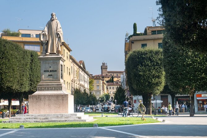 Arezzo Private Walking Tour with a Local Guide