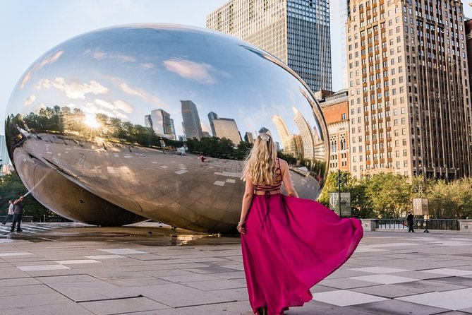 Chicago Instagram Walking Tour: Most Famous Spots (Private & All-Inclusive)