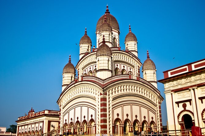 Religions of India Tour in Kolkata (Guided Fullday Religious Places Tour by Car)
