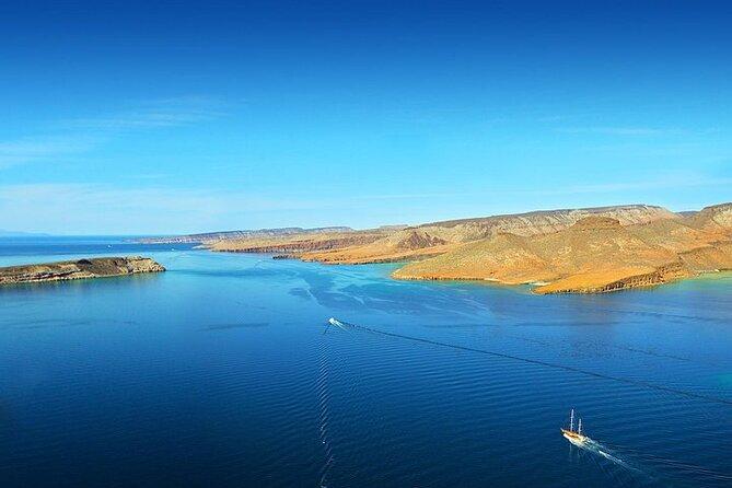 Full-Day Espiritu Santo Island Tour by Boat with Pickup