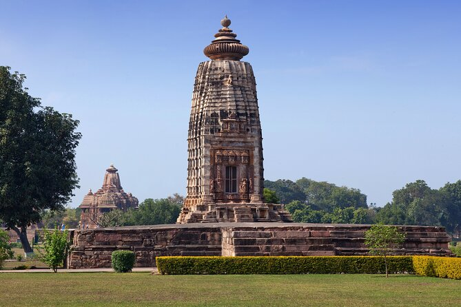 Best of Khajuraho (Guided Halfday Sightseeing Tour by Car)