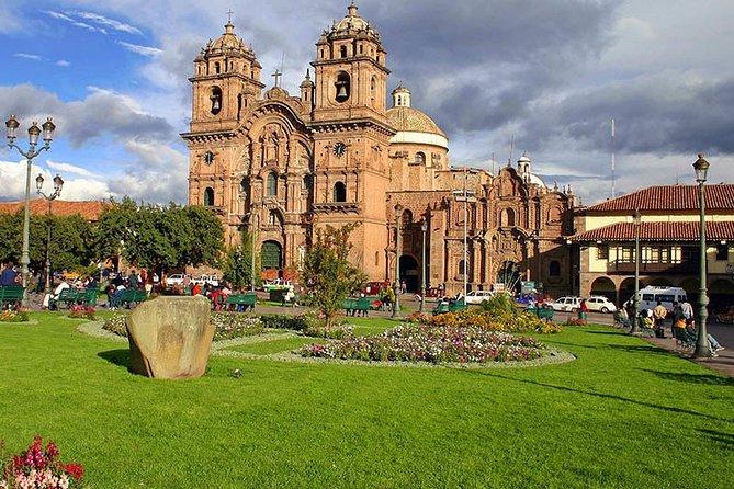 Cusco + Sacred Valley + Machu Picchu by train 4 days/3 nights with 4-star hotel