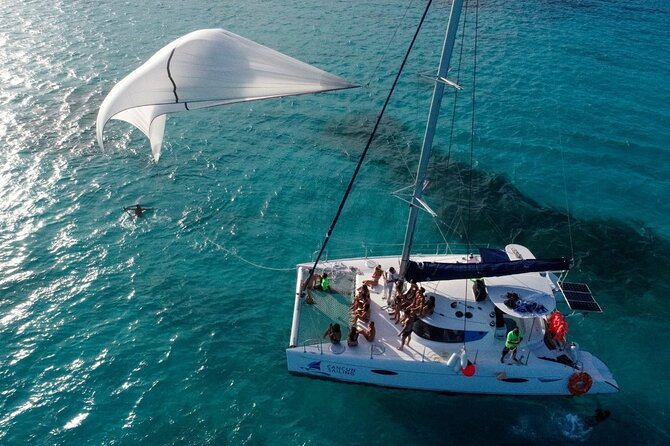 Isla Mujeres Catamaran Tour in Cancun includes Open Bar