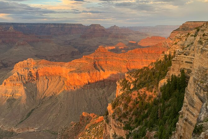 Private Grand Canyon Sunset Tour including El Tovar dinner