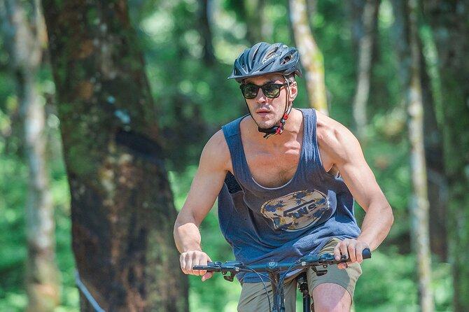 Cycling in Nuwara Eliya Tea Trails