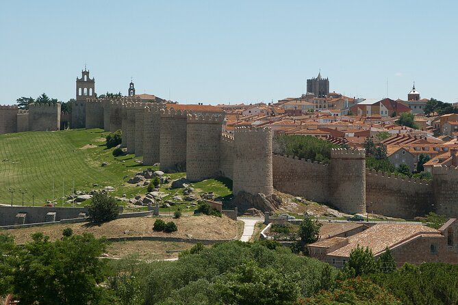 Touristic highlights of Avila on a Private half day tour with a local