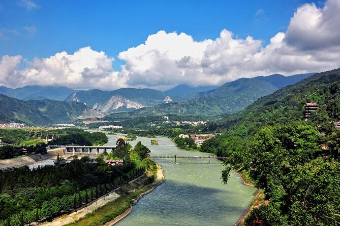Chengdu Private Day Trip To Mount Qingcheng & Dujiangyan Irrigation System