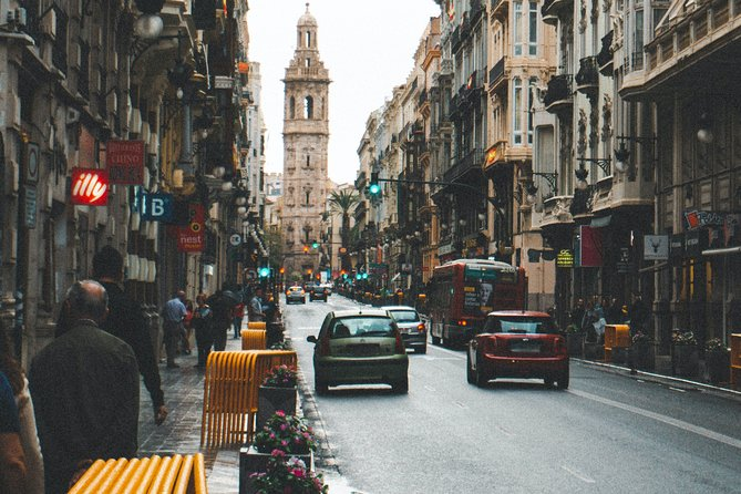 Private tour of Offbeat Valencia with a local