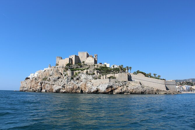 Touristic highlights of Peñíscola on a Private half day tour with a local