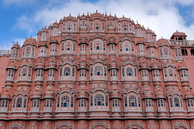 Jaipur City Day Trip from Delhi with Buffet Lunch