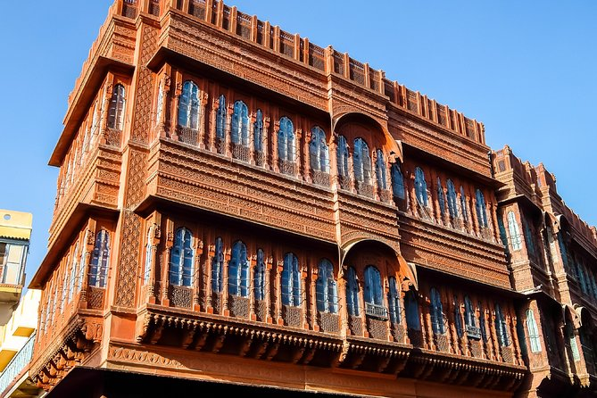 Highlights of Bikaner, Guided Half-Day Car Tour