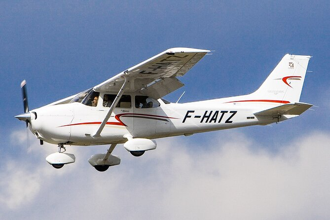 Airplane Transfer between Ratmalana Airport (RML) and Koggala Airport (KCT)