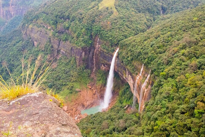 Day Trip to Cherrapunji (Guided Private Sightseeing Experience from Shillong)