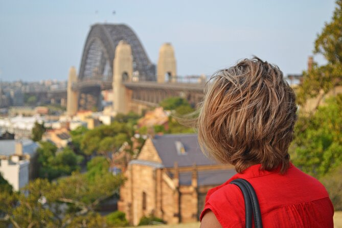Walking Tour: Discover The Rocks