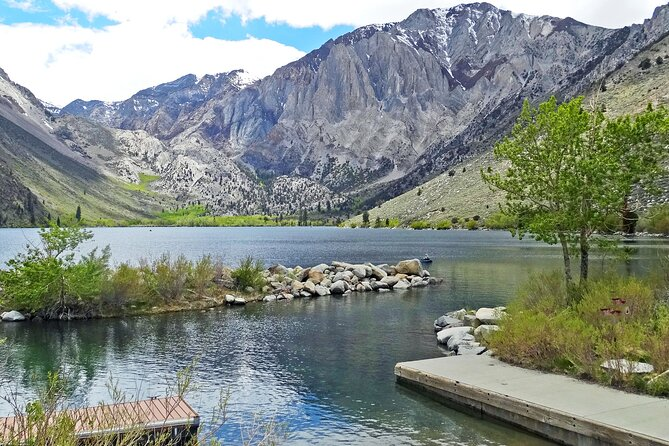 Touristic highlights of Sierra Nevada on a Private full day tour with a local