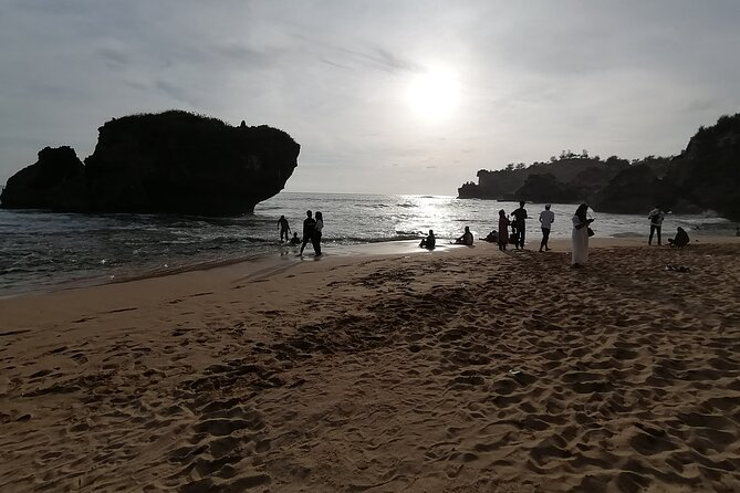1-Day Plaosan Kukup Beach - PRIVATE Tour with GUIDE