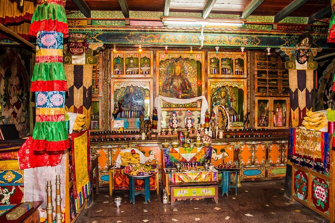 Gangtok Monastery Tour (Guided Halfday Sightseeing Tour by Car)