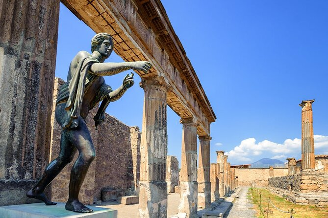Discovering Pompeii and Herculaneum - VIP tour/Small group