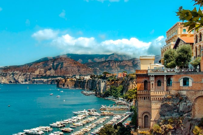 Private Transfer From Naples Airport, Port or Train Station to Sorrento